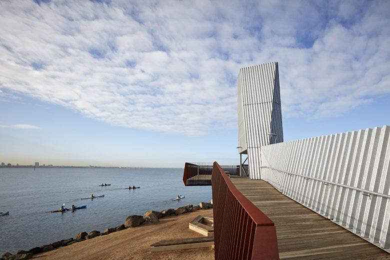 Sandridge Lookout   Design: COX Architecture   Images: Peter Clarke   Builtworks.com.au