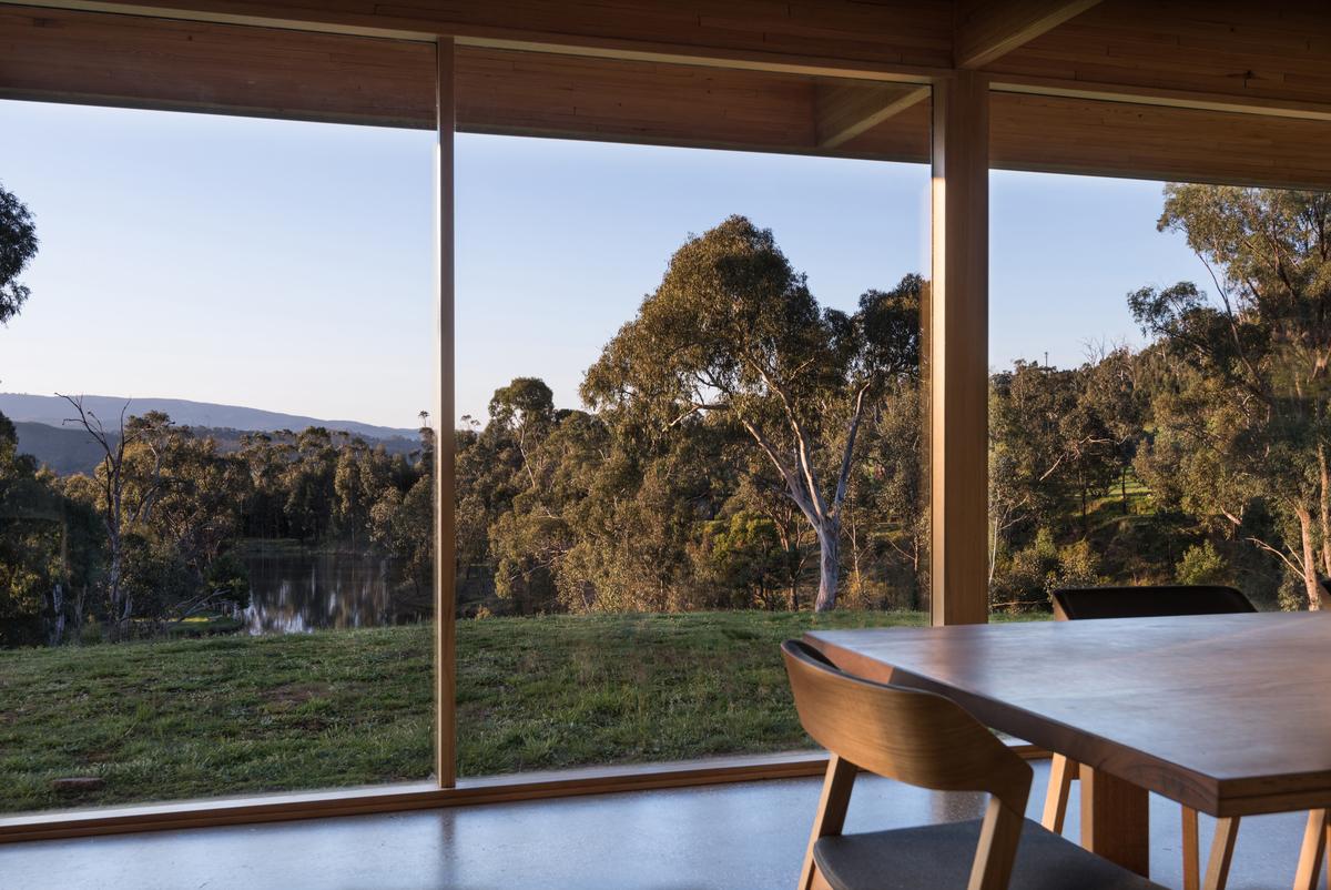 Buxton Rise | Design: Format Architects | Images: Ernesto Arriagada | Builtworks.com.au