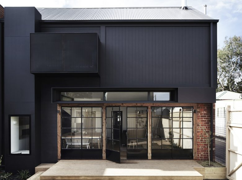 Kerford   Design: Whiting Architects   Images: Sharyn Cairns   Builtworks.com.au