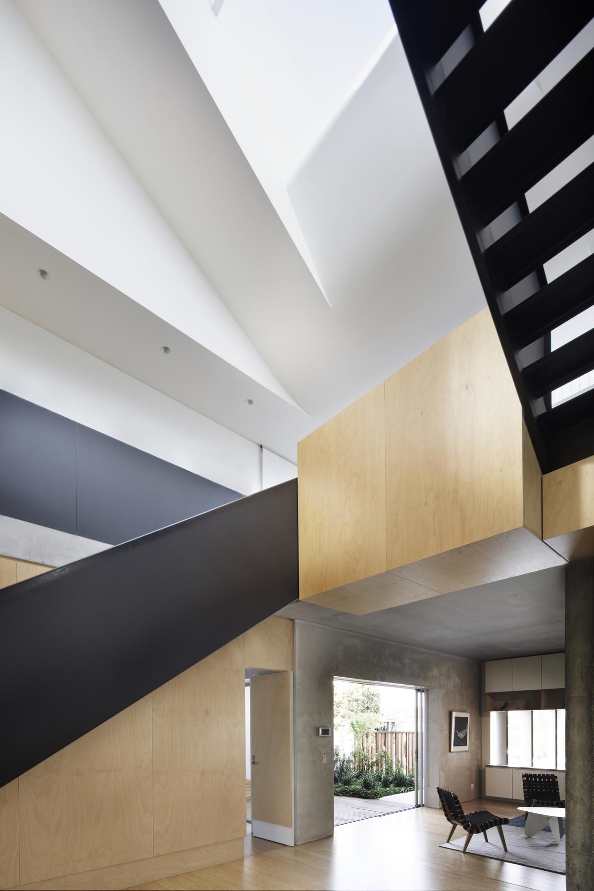 Lilyfield House | Design: studio203 | Images: John Gollings | Builtworks.com.au
