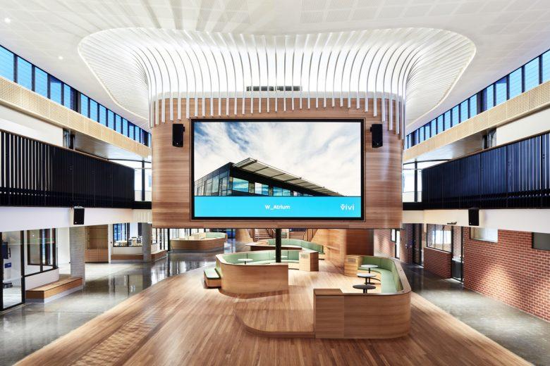 Luther College Middle School | Design: Cox Architecture | Images: Rhiannon Slatter | Builtworks.com.au
