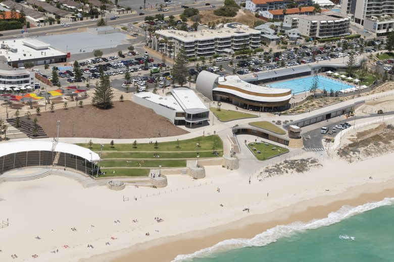 Scarboro Beach Services and Surf Club | Design: Hames Sharley | Images: Joel Barbitta | Builtworks.com.au