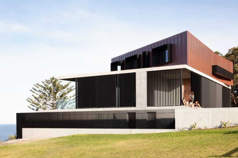 Eagle's Nest   Design: Ian Bennett Design Studio   Images: Clinton Weaver   Builtworks.com.au