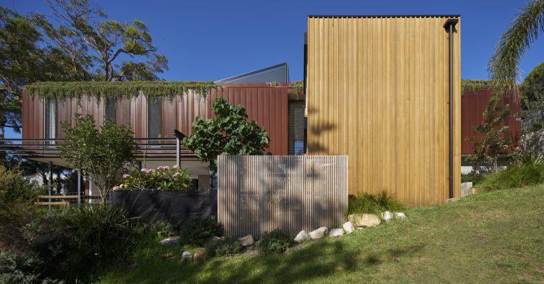Bundeena Beach House   Design: Grove Architects   Images: Michael Nicholson   Builtworks.com.au