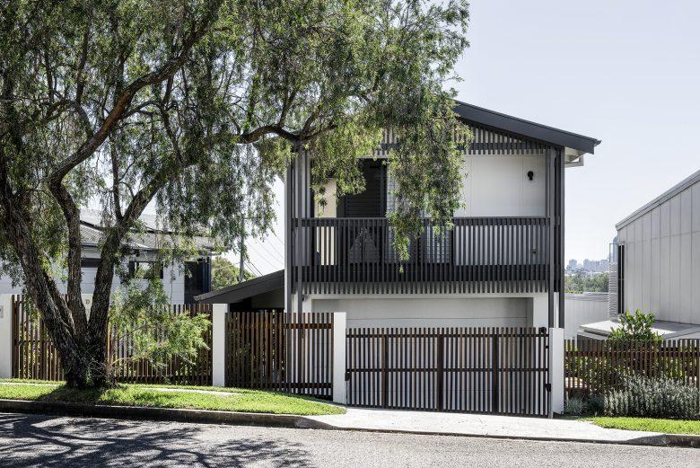 Yeronga House   Design: Lisa Breeze Architect   Images: Cathy Schusler   Builtworks.com.au