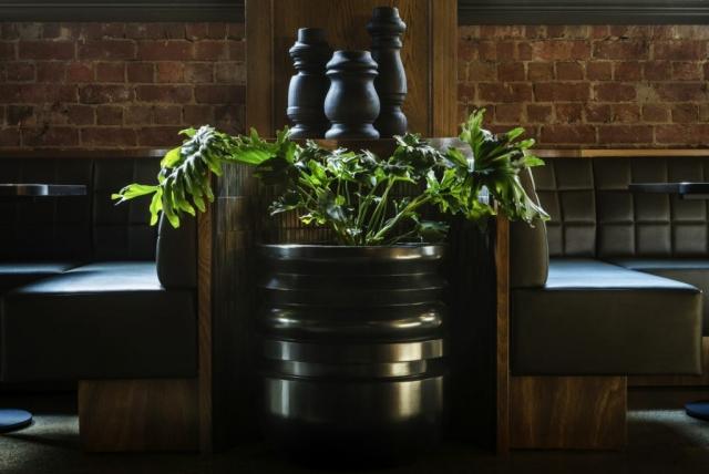 Angus & Bon | Design: Bergman & Co | Images: Eugene Hyland | Builtworks.com.au