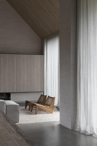 Barwon Heads House | Design: Adam Kane Architects | Image: Timothy Kaye | Builtworks.com.au