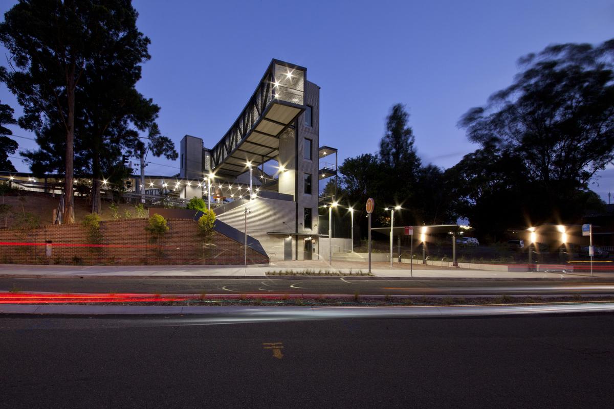Oatley Station | Design : Tonkin Zulaikha Greer Architects | Image: Eric Sierens | Builtworks.com.au